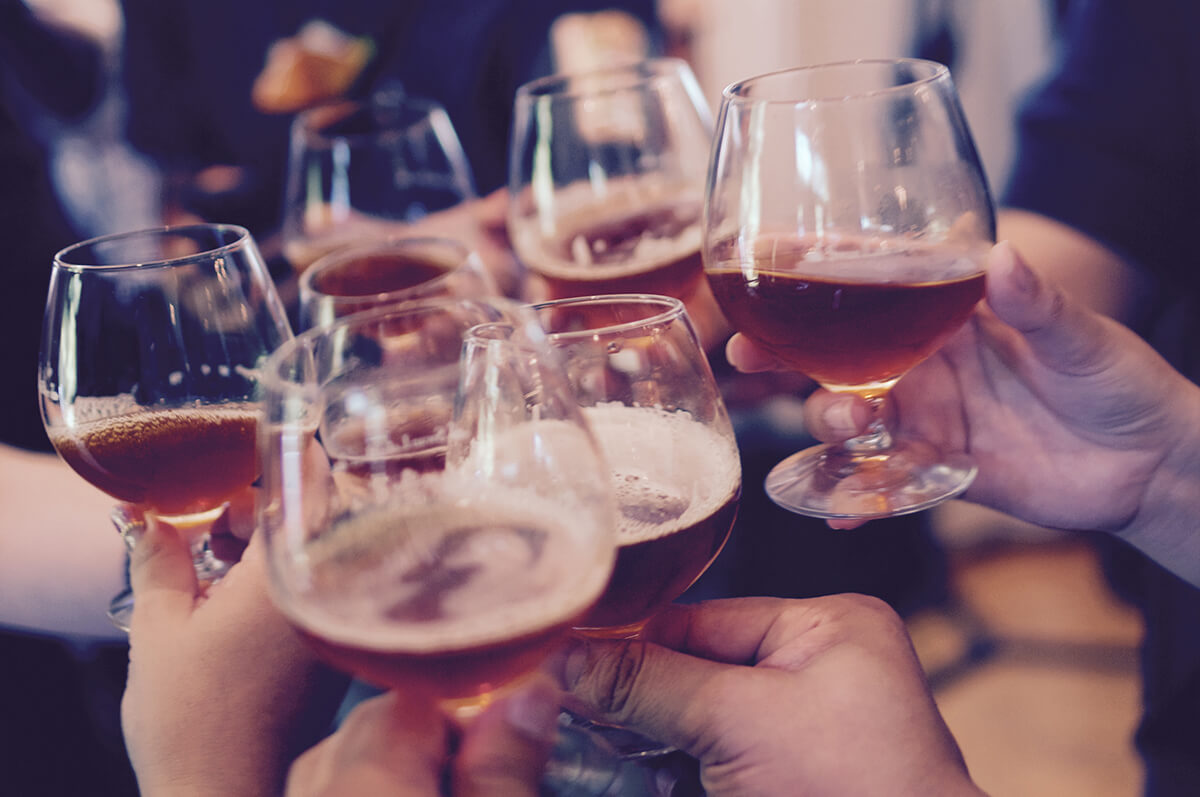 Babypinkeln - Ein Bier auf das Wohl des neuen Kindes